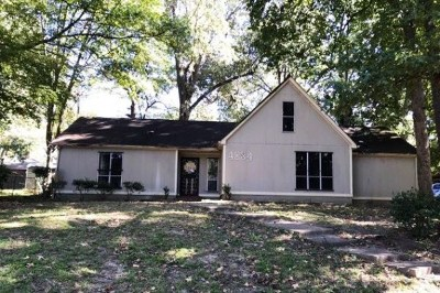 Memphis Single Family Home For Sale: 4884 Farmwood