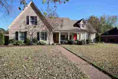 Collierville Single Family Home For Sale: 492 Autumn Run