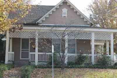 Halls Condo/Townhouse For Sale: 116 S Church