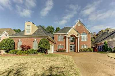 Memphis Single Family Home For Sale: 8420 Wood Manor