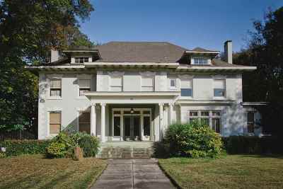 Memphis Single Family Home For Sale: 1720 Central