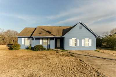 Mason Single Family Home For Sale: 150 Friendship