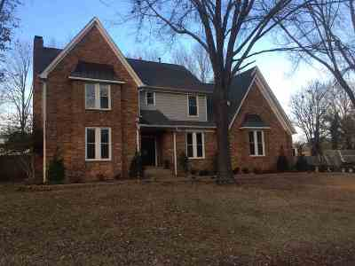 Collierville Single Family Home For Sale: 466 King Ridge