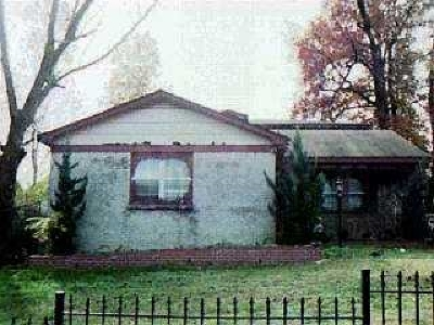 Memphis Single Family Home For Sale: 1185 Connemara