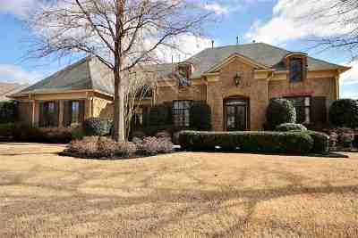 Germantown Single Family Home For Sale: 1736 Groveway