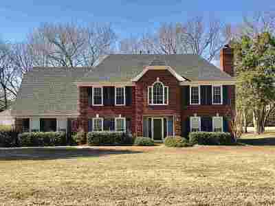 Olive Branch Single Family Home For Sale: 9075 Brookhollow