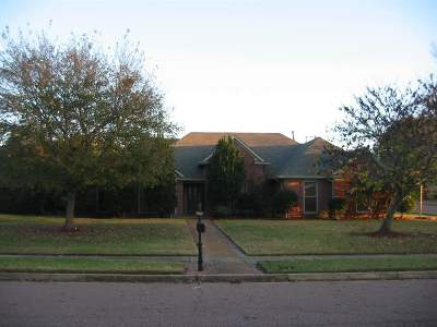 Collierville Rental For Rent: 750 Landing Party