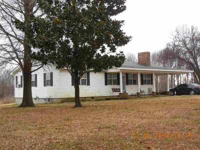 Ripley Single Family Home For Sale: 1259 Thumb Rd.
