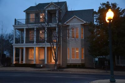 Memphis Single Family Home For Sale: 108 Harbor Town