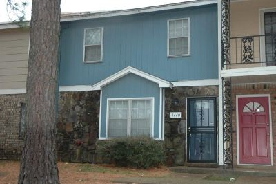 Memphis TN Condo/Townhouse For Sale: $57,500
