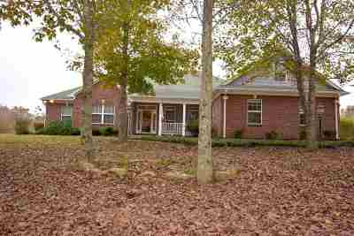 Holly Springs Single Family Home For Sale: 50 Tina
