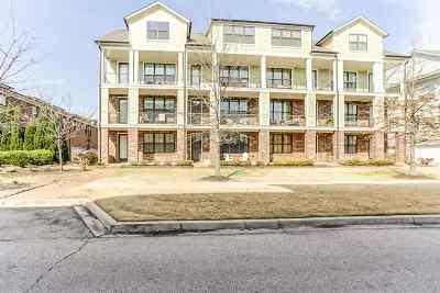 Memphis Condo/Townhouse For Sale: 303 Pompano #102