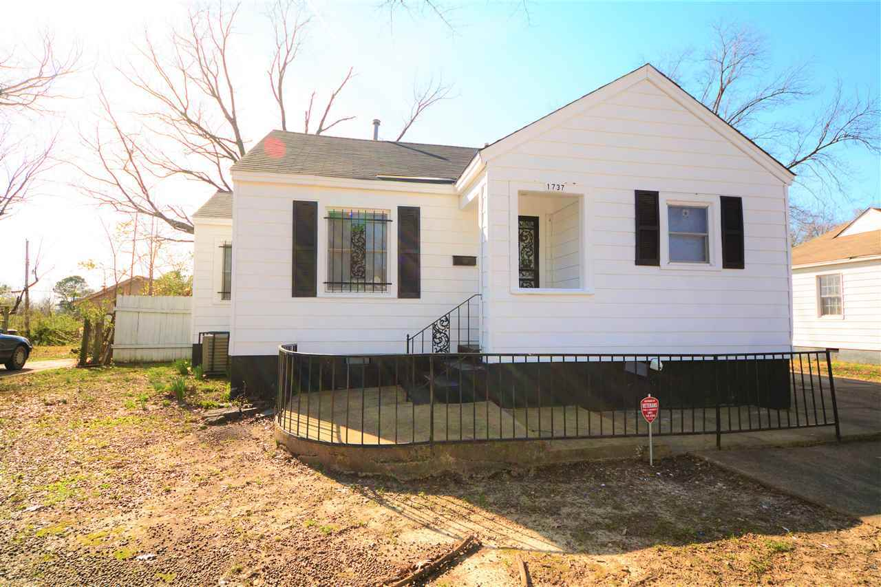 Tremendous 1737 Wellington Memphis Tn Mls 10022269 Chamberwood Home Interior And Landscaping Ologienasavecom