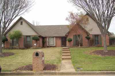 Memphis Single Family Home For Sale: 7570 Dexter Hollow