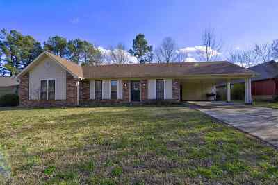 Shelby County Single Family Home For Sale: 5635 W Antwerp