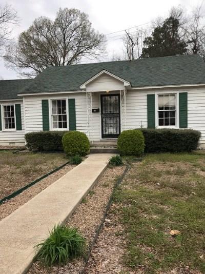 Covington Single Family Home For Sale: 210 Sherrod