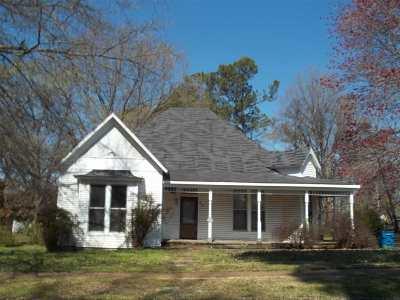 Covington Single Family Home For Sale: 612 Sherrod