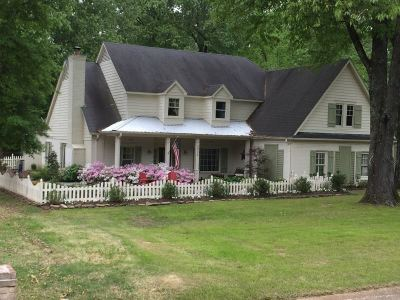 Collierville Single Family Home Contingent: 3036 Country Place