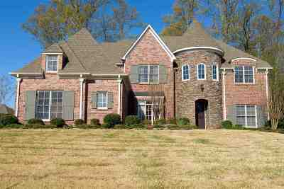 Collierville Single Family Home Contingent: 1083 E Old Hearthstone