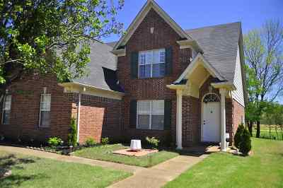 Collierville Single Family Home For Sale: 1388 River Bank