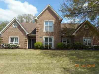 Cordova Single Family Home Contingent: 7546 Crystal Lake