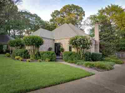 Memphis Single Family Home For Sale: 6400 Brooks Manor