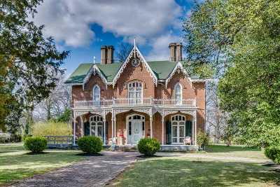 Holly Springs Single Family Home For Sale: 490 E Salem