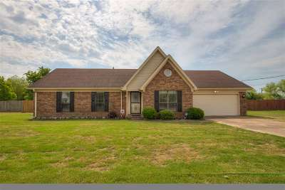 Atoka Single Family Home Contingent: 74 Violet