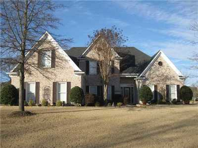 Collierville Single Family Home Contingent: 1154 Cypress Wells