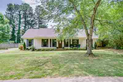 Collierville Single Family Home Contingent: 157 W Pecan Valley