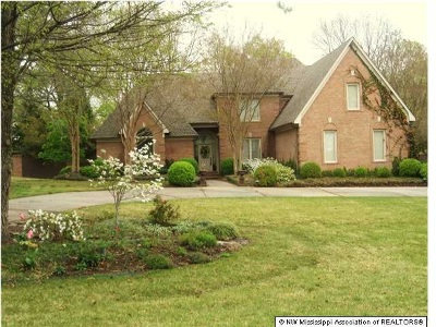 Olive Branch Single Family Home For Sale: 5438 Wedgewood Drive