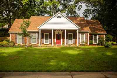 Memphis Single Family Home For Sale: 2387 Hickory Crest