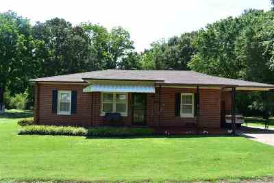 Millington Single Family Home Contingent: 4105 Pleasant Ridge