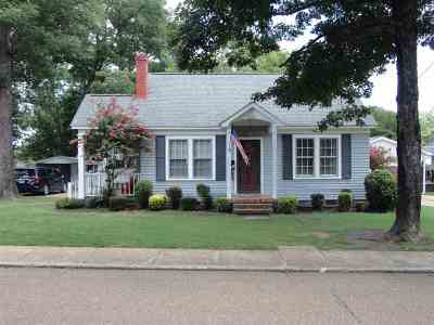 Covington Single Family Home For Sale: 306 S Tipton