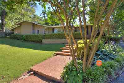 Memphis Single Family Home For Sale: 65 S Yates