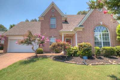 Bartlett Single Family Home Contingent: 3865 Peachtree
