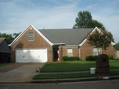 Collierville Single Family Home For Sale: 1450 Wolf Pack