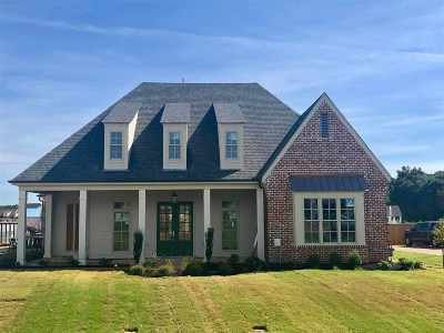 Piperton Single Family Home For Sale: 1100 N Greenbrier Lakes