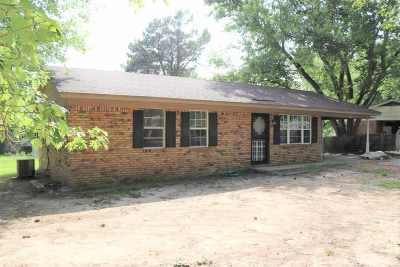 Ripley Single Family Home For Sale: 319 Smithville