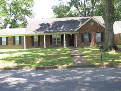 Memphis Single Family Home For Sale: 1253 Hickory Ridge