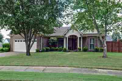Collierville Single Family Home For Sale: 574 Tara Oaks