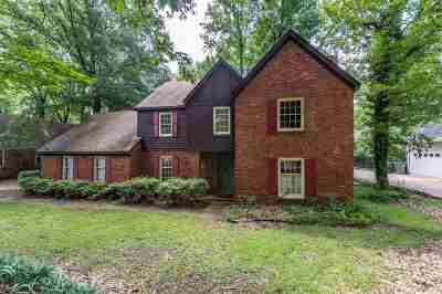 Memphis Single Family Home For Sale: 118 Country