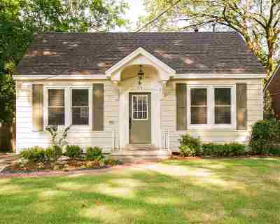 Memphis Single Family Home For Sale: 216 Alexander