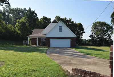 Atoka Single Family Home For Sale: 72 Wisteria
