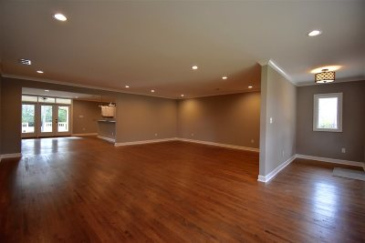 Memphis Single Family Home For Sale: 811 W Suggs