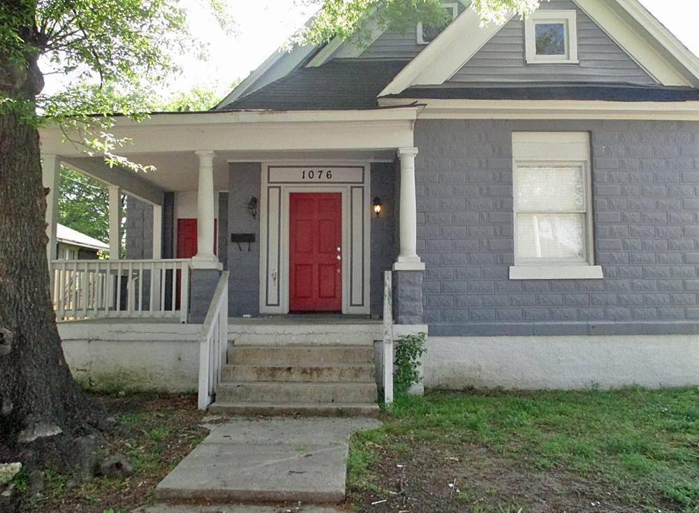 1076 S Cox Memphis, TN 38104
