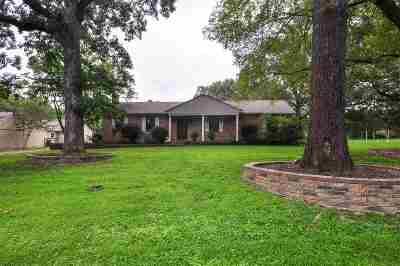 Rossville Single Family Home Contingent: 315 Neville