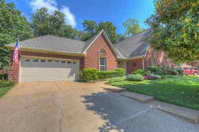 Memphis Single Family Home For Sale: 7808 Teal Lake