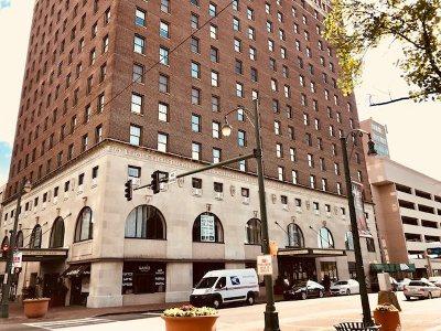 Memphis Condo/Townhouse For Sale: 109 N Main #1401