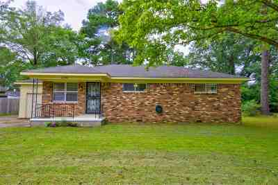 Arlington Single Family Home Contingent: 12236 Mary Alice